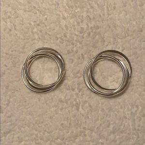 Set of two twisted silver bracelets